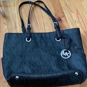 MK black bag tree pocket